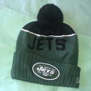 ✨SOLD✨Jets Football NFL beanie NWOT